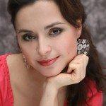Анна Ушакова - преподаватель школы шелковой флористики SilkFlora