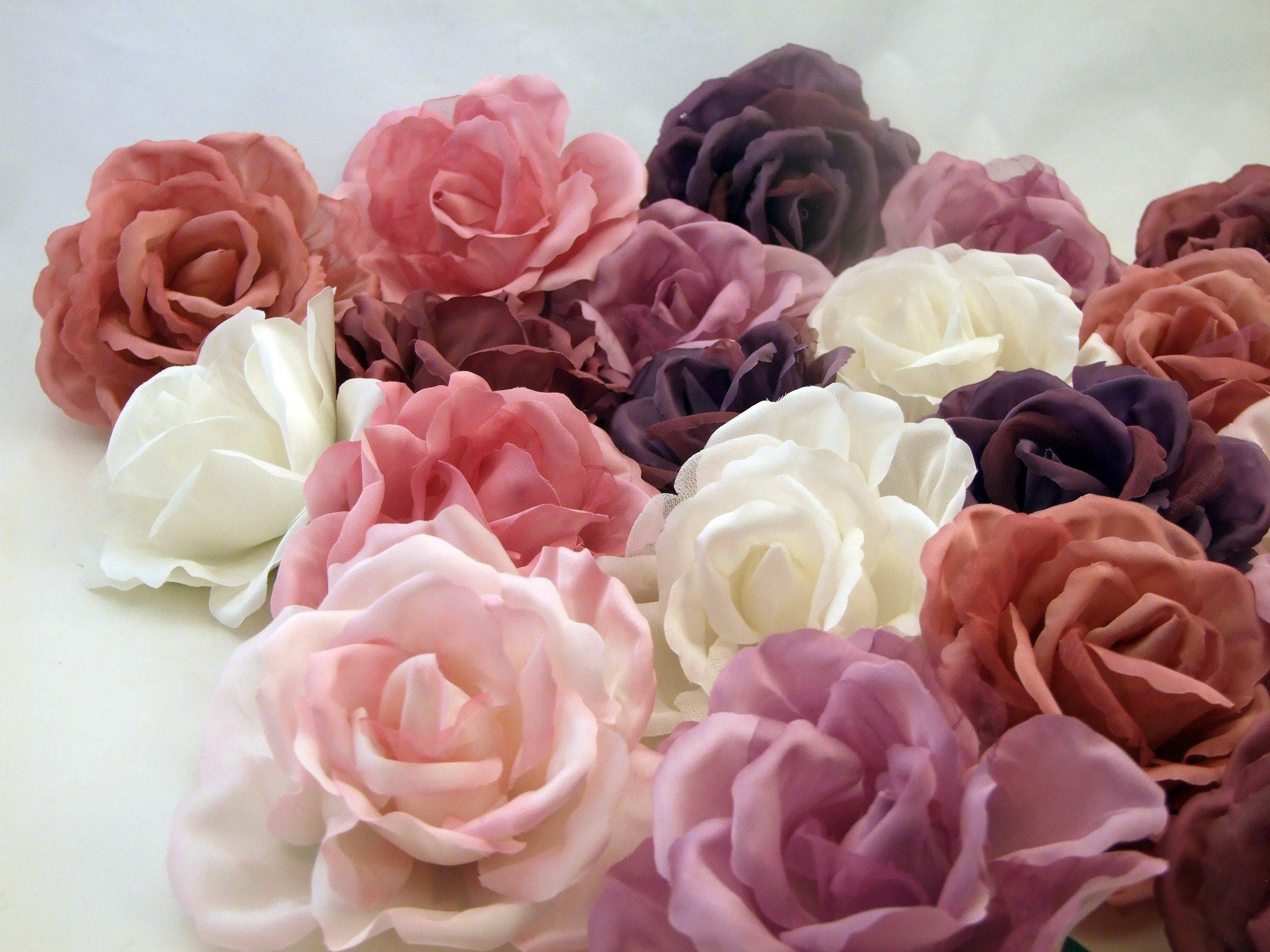 30 роз – не вопрос! Розы оптом и в розницу.