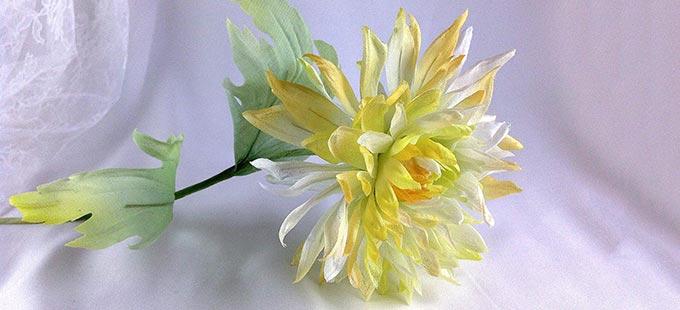 Мастер-класс как сделать цветок астры из шелка - 5