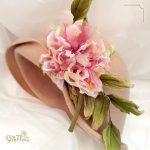 головной убор со староанглийской розой от ученицы школы SilkFlora картинка