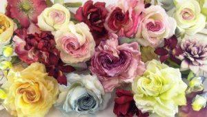 существует несколько способов покраски лепестков роз из шелка картинка