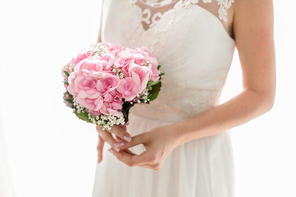bride-2121784_960_720