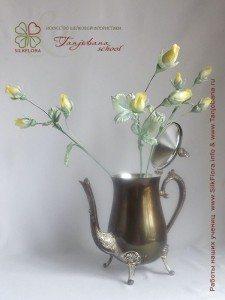 Цветок из шелка Бутонные розы