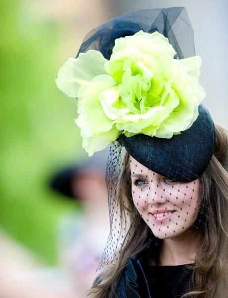 Цветы, шляпки, скачки...