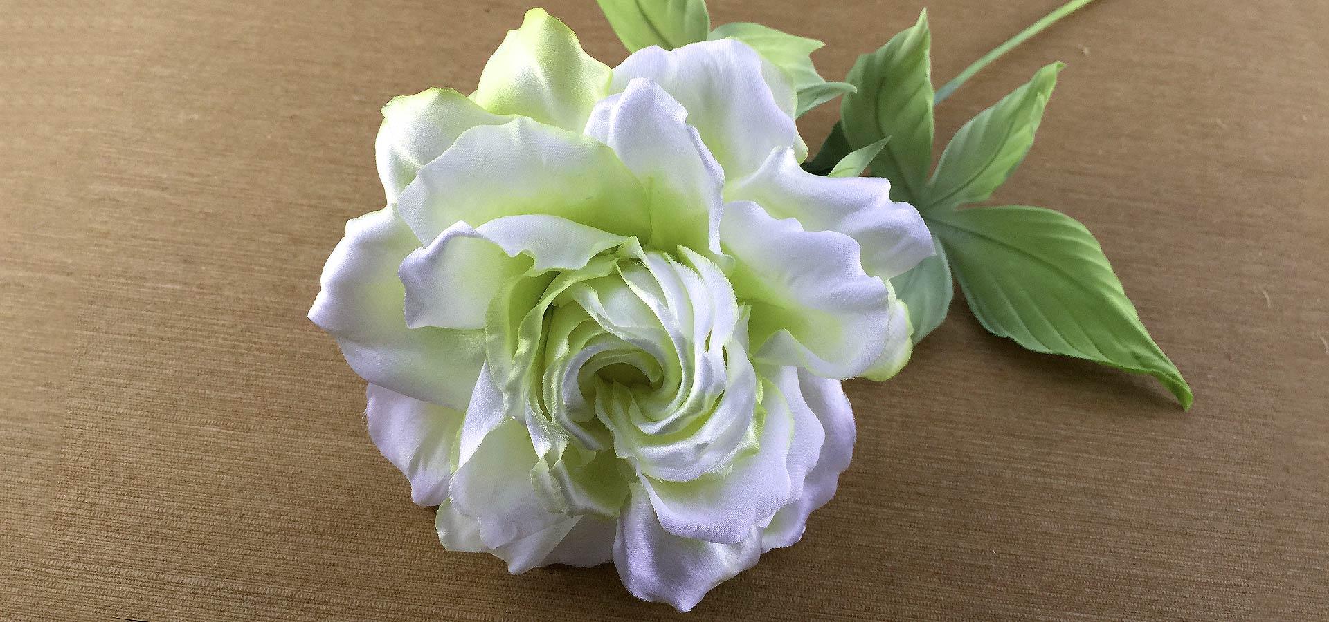 jp1-silk-rose-belaya