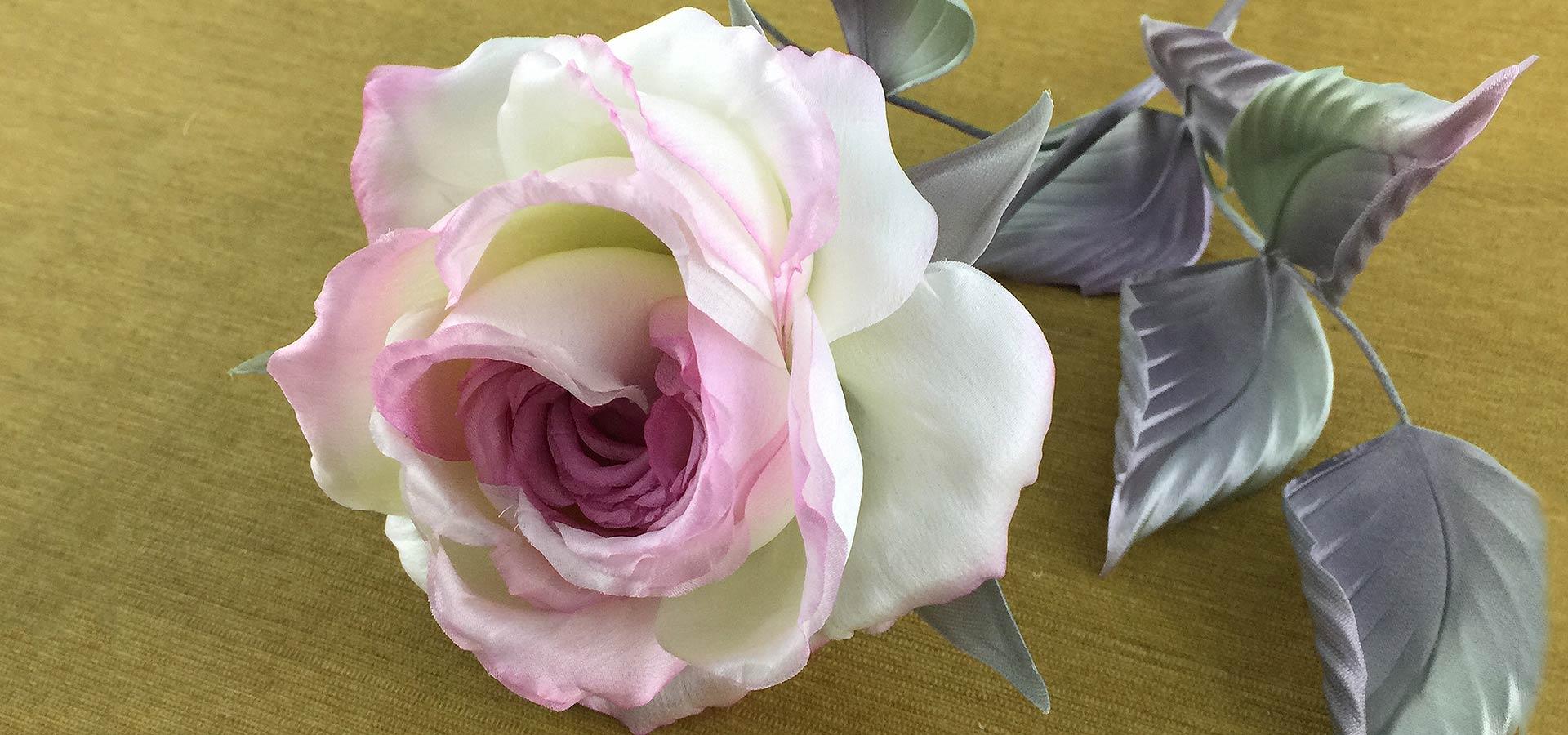 jp2-silk-rose-rozovaya