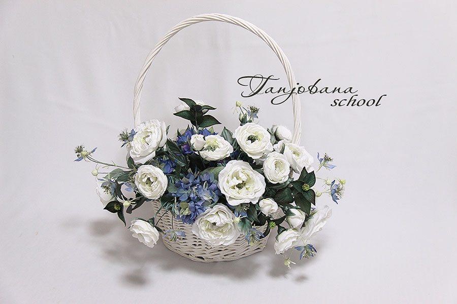 Букет из шелковых цветов «Зимняя сказка» в технике Tanjobana