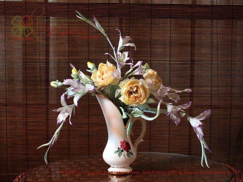 Конкурсный букет цветов из шелка от Helen Jackson