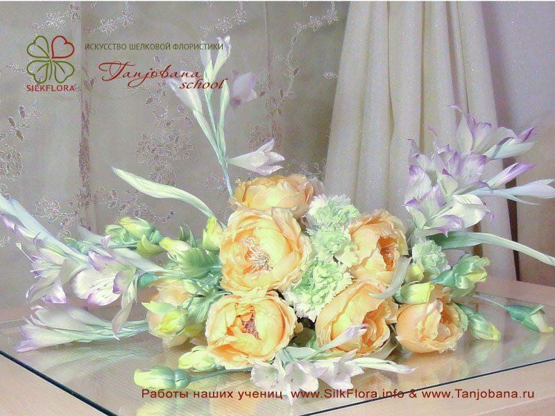 Конкурсный букет цветов из шелка от Светланы Костаревой