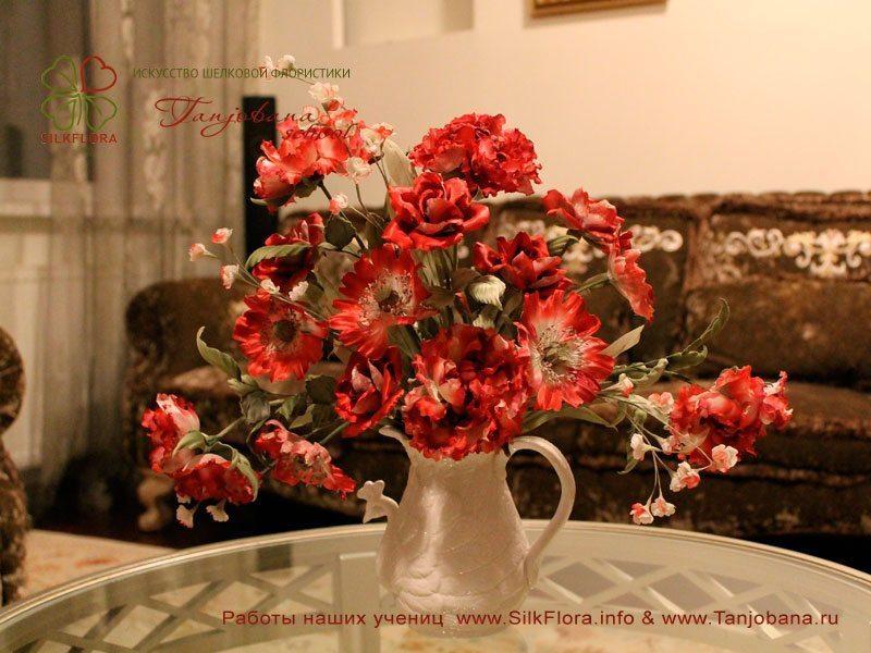 Конкурсный букет цветов из шелка от Алевтины Эскиндаровой