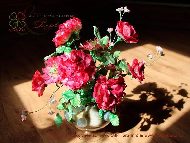 Конкурсный букет цветов из шелка от Ирины Трошиной
