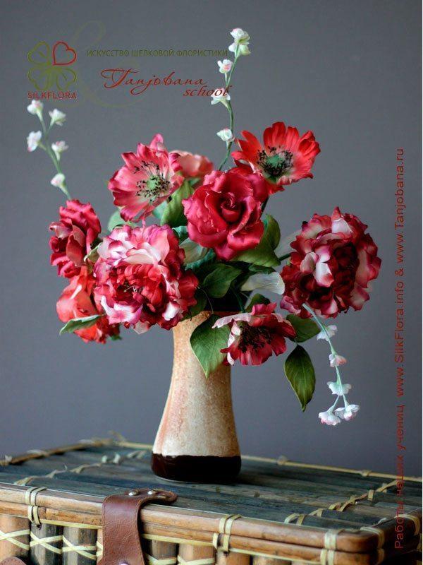 Конкурсный букет цветов из шелка от Ольги Мельниковой