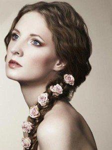 Розы иш шелка в косе