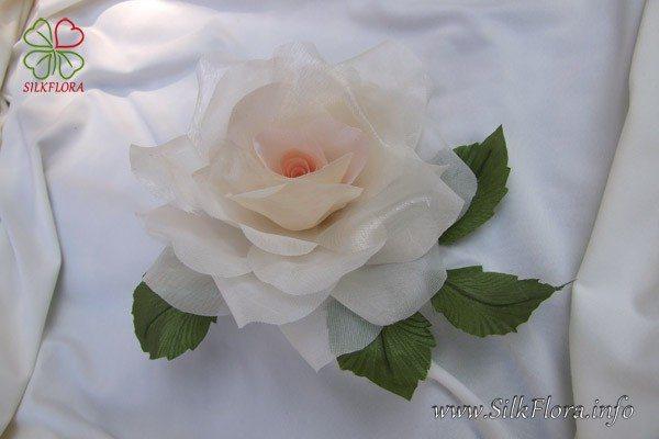 Урок 2 - Роза из ткани за 30 минут без применения инструментов
