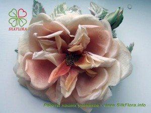 Винтажная роза из шелка