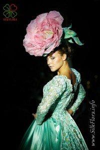 Цветы из шелка на неделе моды «Эстет» ЭКО-день 2012 г Шелковая «Флоренция» Анны Ушаковой и Александры Грузиновой