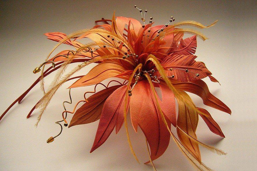 Конкурс шелковых цветов SilkFlora 2011. «Краски осени» — фантазийный цветок из шелка