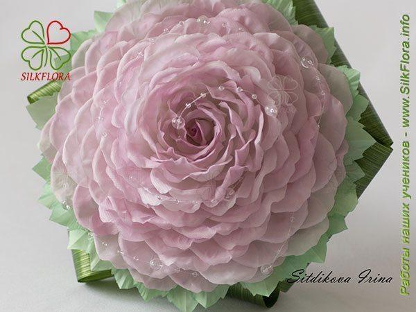 Как я сделала свою розомелию из шелковых лепестков розы…