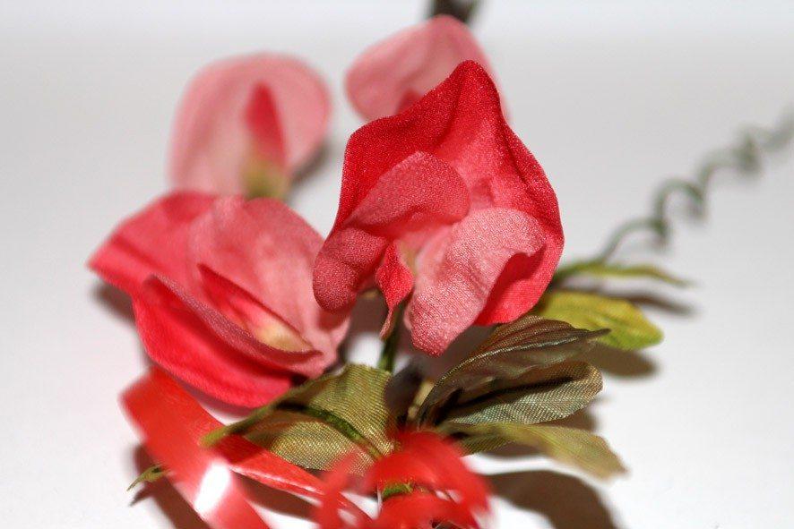 Конкурс шелковых цветов SilkFlora 2011. Горошек душистый из шелка — «Скарлетт»