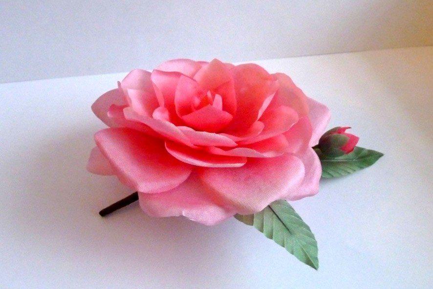 Конкурс шелковых цветов SilkFlora 2011. Камелия из шёлка — «Очаровательная прелесть»