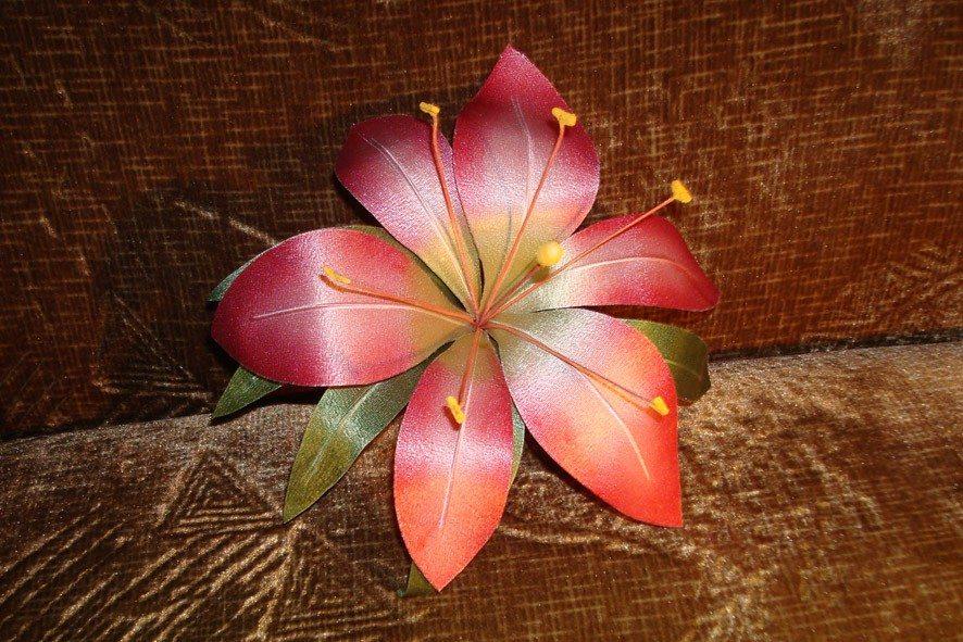 Конкурс шелковых цветов SilkFlora 2011. «Грация» — лилия из шелка