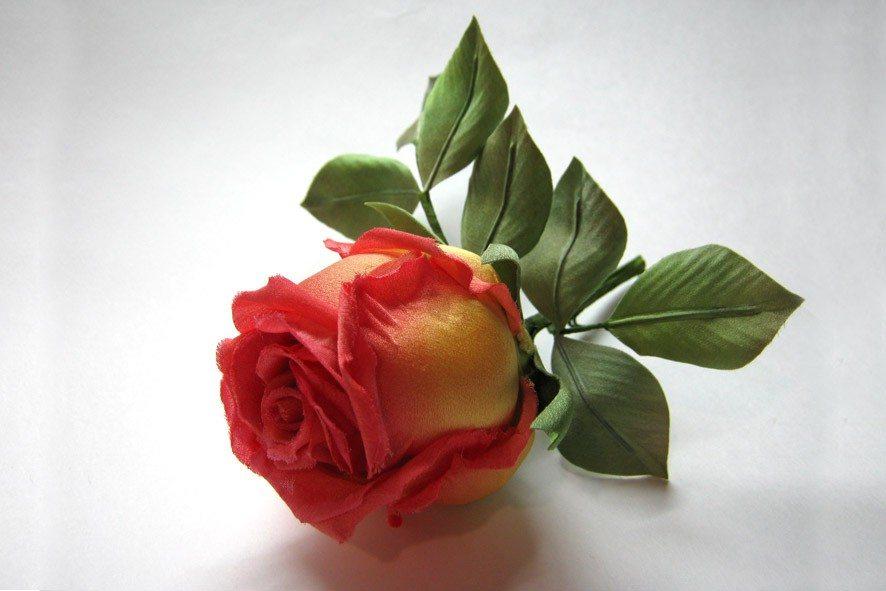 Конкурс шелковых цветов SilkFlora 2011. «Червонное золото» — роза из шелка