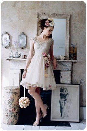 Винтажный стиль в одежде и цветы